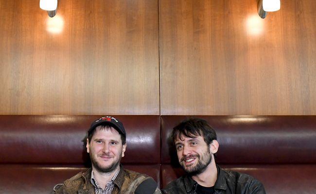 Sänger Michael Marco Fitzthum (Marco Wanda) und Gitarrist Manuel Christoph Poppe im Interview.