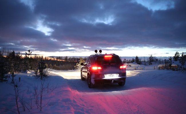 Der ÖAMTC hat 32 aktuelle Winterreifenmodelle unter die Lupe genommen.