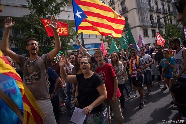 Die aktuellen Entwicklungen in Spanien spürt auch der Euro