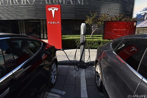 Teslas neuer Hoffnungsträge mit schwachen Produktionszahlen