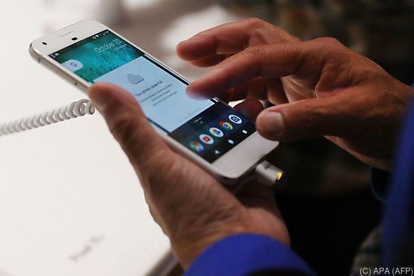 Google nimmt es mit Apple und Samsung auf