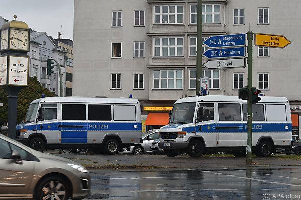 Die Polizei riegelte den Fundort weiträumig ab