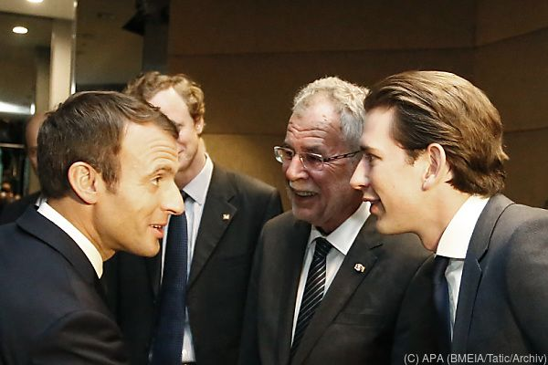 Kurz unterstützt Macron