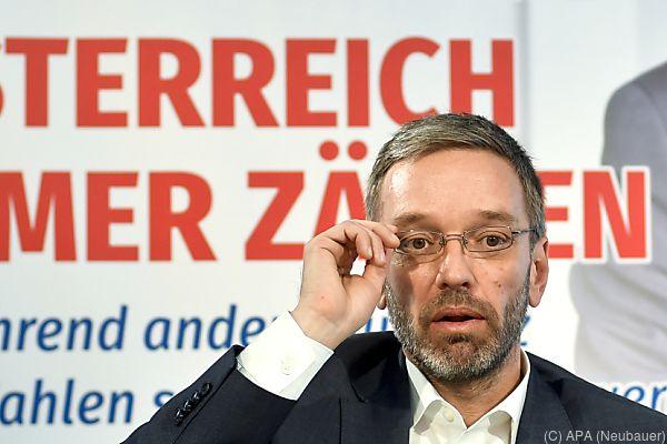 FPÖ-Generalskrektär Kickl verlangt Aufklärung