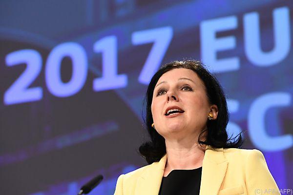 """EU-Justizkommissarin Vera Jourova: """"Tag, an dem wir Geschichte schreiben"""""""
