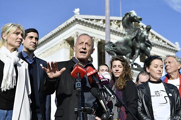 Peter Pilz glaubt an seinen Einzug ins Parlament