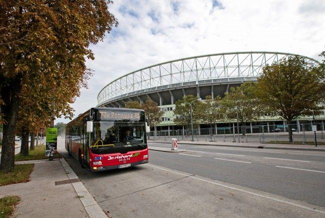 Es kam zu einem Unfall mit einem Bus der Linie 77A in Wien