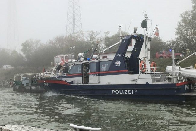 Nach der Schiffskollision auf der Donau ermittelt die Wiener Exekutive.