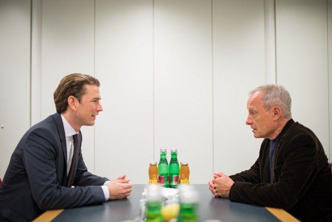 ÖVP-Bundesparteiobmann Sebastian Kurz (l.) und Peter Pilz (Liste Pilz) am Samstag beim Treffen