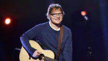 Sänger Ed Sheeran von Auto angefahren