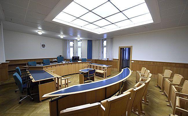 Eine Wiener Hausbesorgerin wollte sich nicht streicheln lassen - es kam zum Prozess