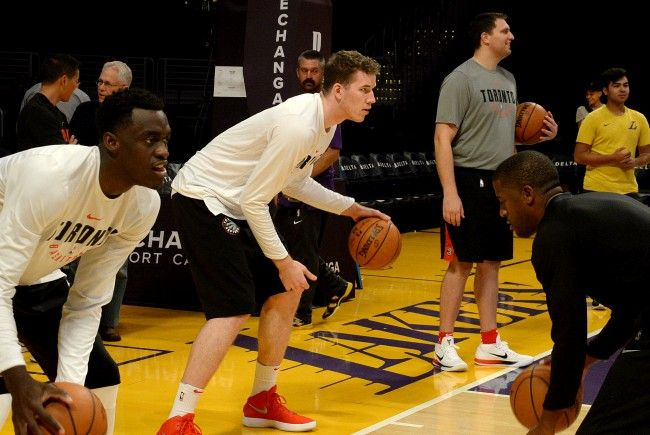 Der Wiener Jakob Pöltl beim Training vor dem Spiel gegen die Lakers