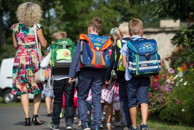 Gerade im Oktober häufen sich Unfälle am Schulweg