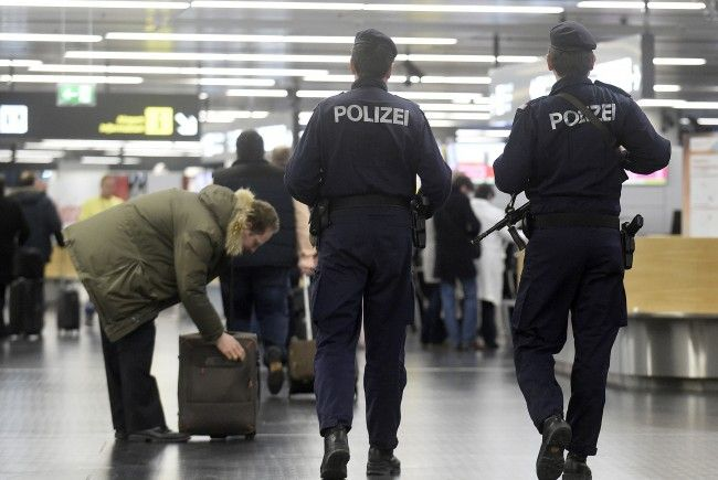 Wie ein ganz normaler Passagier reiste der international gesuchte Passagier nach Wien.