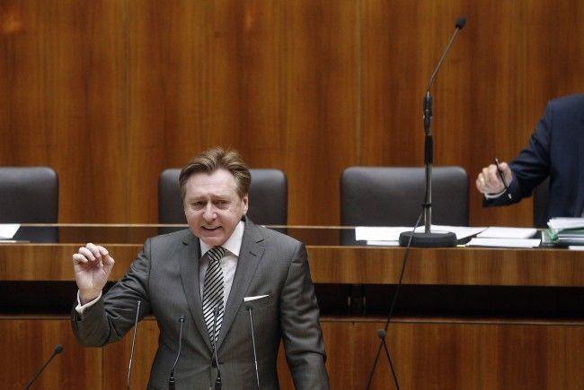 Andreas Karlsböck verzichtet auf sein Mandat.