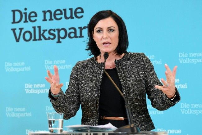 Elisabeth Köstinger scheidet aus dem EU-Parlament aus.