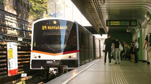 U4-Friedensbrücke: Bahnsteig Richtung Hütteldorf gesperrt