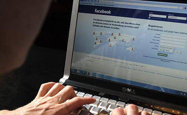 Häufig verbreitete Beleidigungen in Sozialen Medien führen zu Schamgefühl und Essstörungen