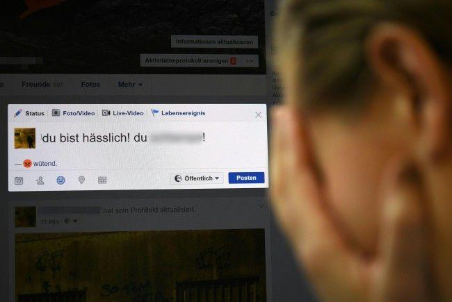 Bei der Konferenz werden Maßnahmen gegen Hass im Netz erarbeitet.