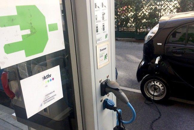 Bis 2020 soll es in Wien 1000 Ladestationen für Elektroautos geben.
