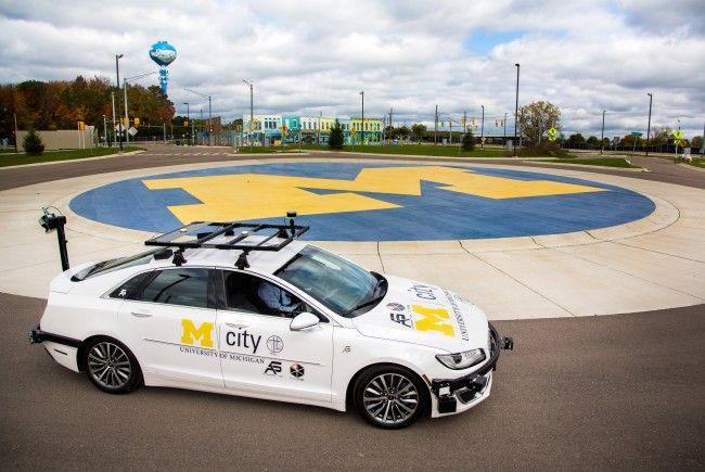 """""""M City"""" ist ein einzigartiges Testgelände für selbstfahrende Autos."""