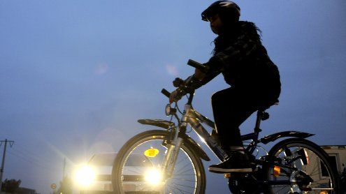 60 Radfahrer fahren am Samstag quer durch Wien-Floridsdorf