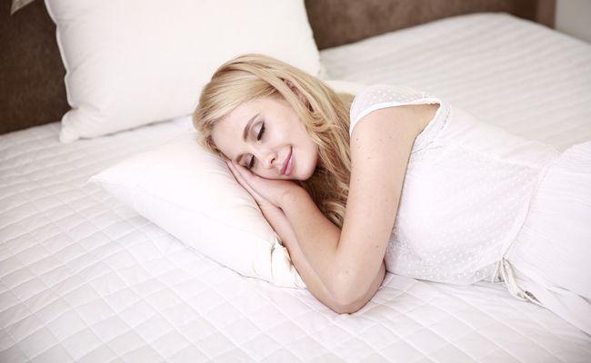 Für einen erholsamen Schlaf sollte man einiges beachten.