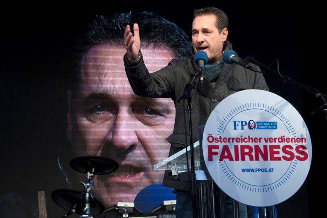 Strache beim Wahlkampfabschluss der FPÖ.