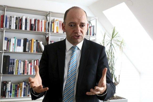 Experte wie Thomas Hofer verorten die Auswirkungen der Silberstein-Affäre.