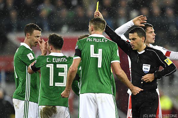 Nordiren konnten die Entscheidung des Schiedsrichters nicht fassen