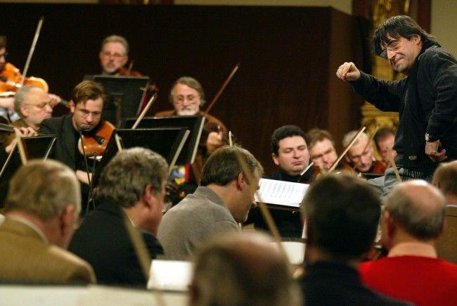 Der italenische Maestro Riccardo Muti dirigierte bereits wiederholt das Wiener Neu
