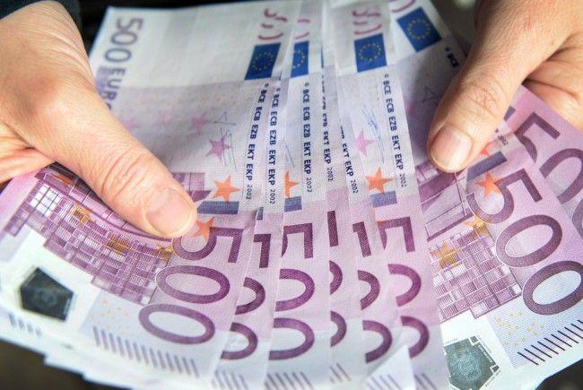 615.000 Euro gab die Regierung für Anti-Terror-Maßnahmen beim Bundeskanzleramt aus.