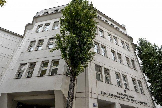 Eine Feuerübung wurde in der Justizanstalt Wien-Josefstadt abgehalten