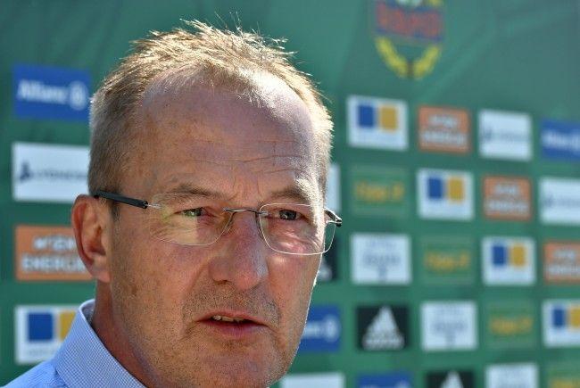 Rapid-Sportdirektor Fredy Bickel beschäftigt sich mit dem Legionärs-Überschuss