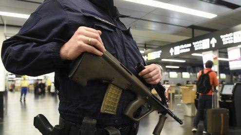 """Österreicher haben größte Furcht vor """"Terror"""" und """"Asylanten"""""""