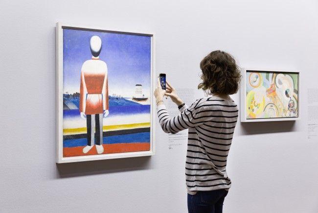 """Die Augmented-Reality App """"Artivive"""" bietet interaktive Kunstvermittlung in der Albertina"""