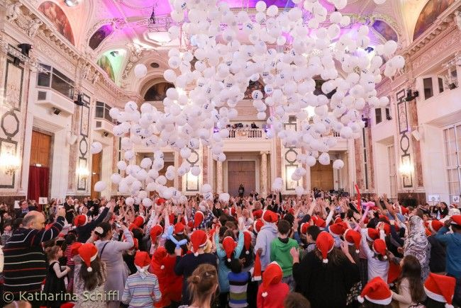 Der Kinderweihnachtsball lädt Mitte Dezember wieder in die Hofburg