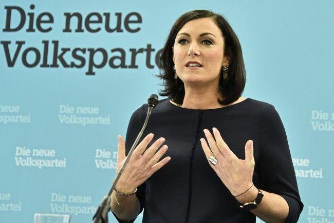 Köstinger wird als Nationalratspräsidentin aufgestellt.