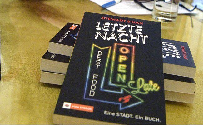 """""""Letzte Nacht"""" kann in Wien derzeit gratis abgeholt und gelesen werden"""