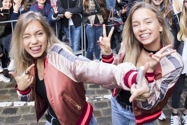 """Die schwäbischen Zwillinge Lisa und Lena sind die unangefochtenen Stars bei """"musical.ly""""."""