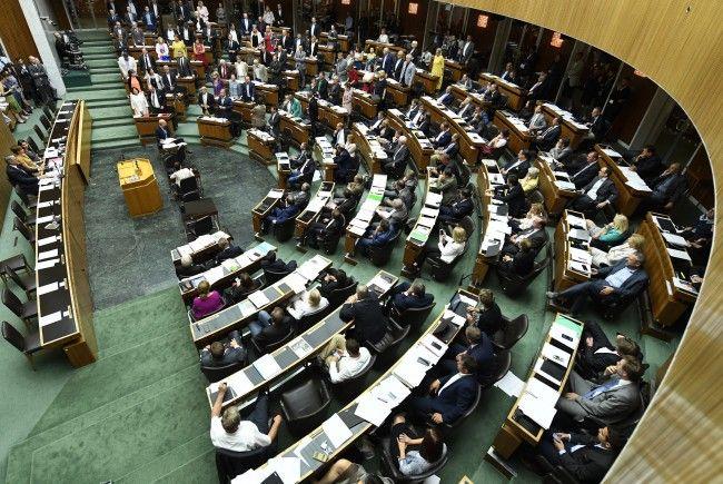 Im Parlament herrscht Stress.