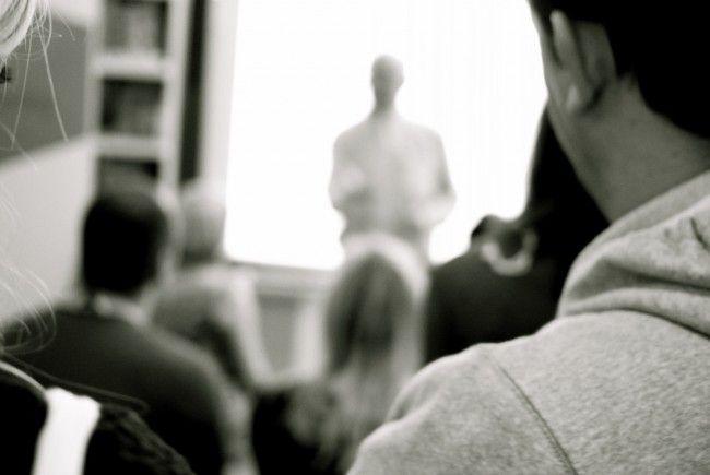 Wegen Verdachts des sexuellen Missbrauchs wurde ein Lehrer aus Wien verhaftet.