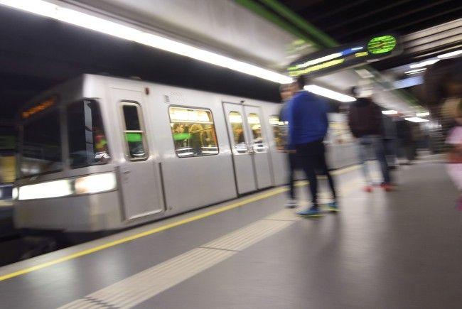 Im Bereich der U4-Station Karlsplatz kam es zu einer Stromstörung.
