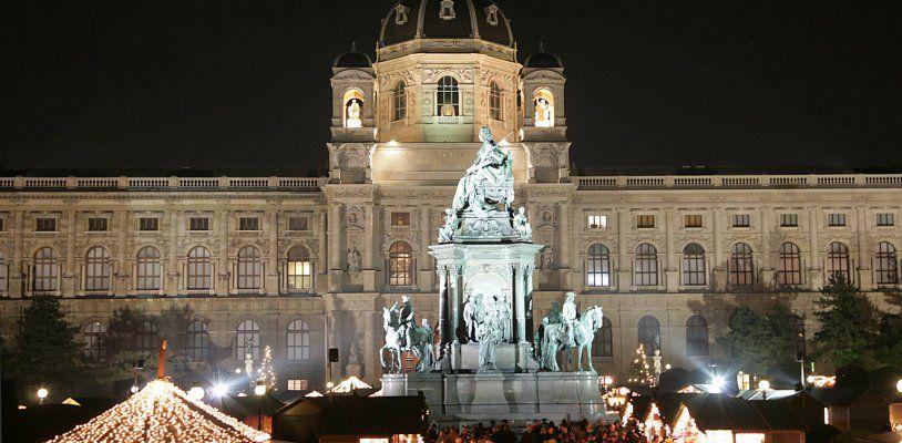 Dafür wird der Christkindlmarkt am Wiener Maria-Theresien-Platz geliebt
