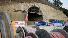 Brand in Brennertunnel: Drei Personen abgängig