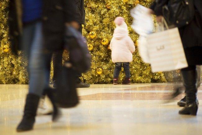 Laut Wirtschaftskammer-Prognose werden hochwertiges Geschirr und Besteck am erste Einkaufssamstag gefragt sein