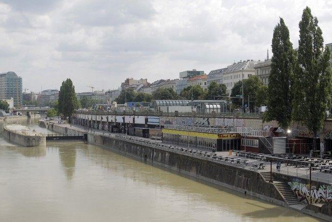 Die Lokalszene am Wiener Donaukanal ist dicht - nun soll sich aber einiges ändern