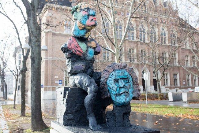 Die neue Skulptur am Wiener Beethovenplatz.