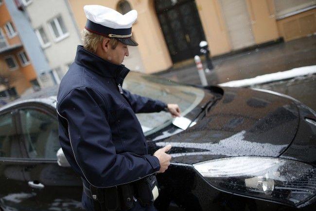 Wer die Ausnahmen beim Parken nicht beachtet, kann auch am 24. Dezember einen Strafzettel kassieren
