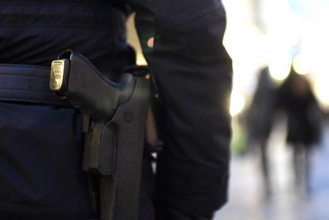 Ein Polizist wurde am Samstag in der Innenstadt verletzt